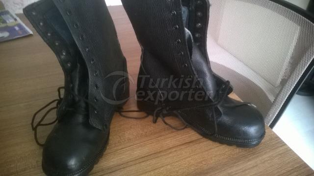 sturdy rubber sole