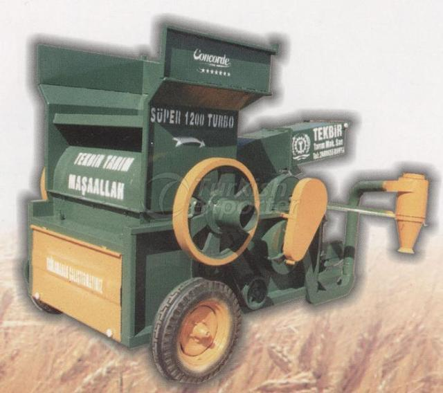 AGRICULTURAL THRESHER WITH STORAGE