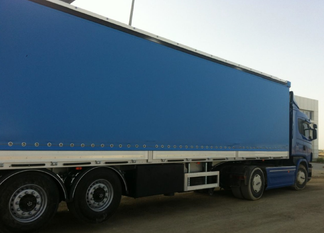 Curtainsider Truck and Trailers