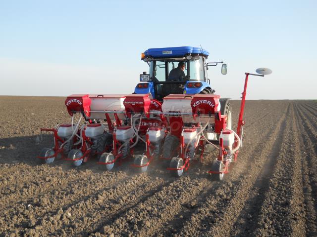 Precsion Pneumatic Planting Machine