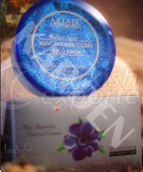 Anemone Cream