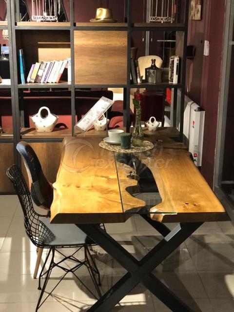 Mazel Wood Table - Diseño especial