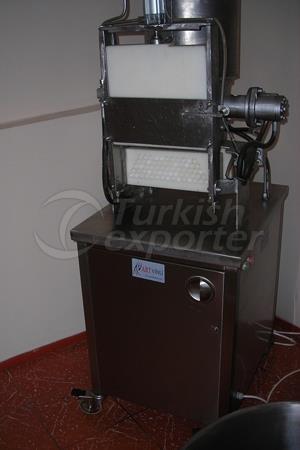 Artvinli İnegöl Köfte Şekillendirme Makinesi