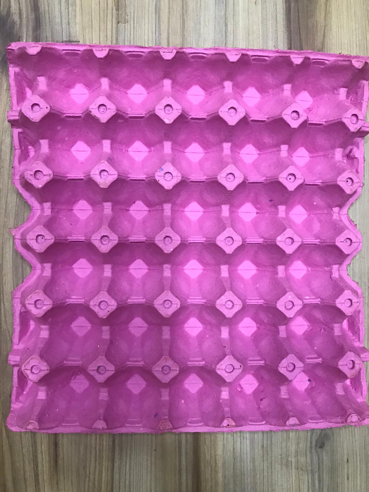 Pink 30-Egg Tray