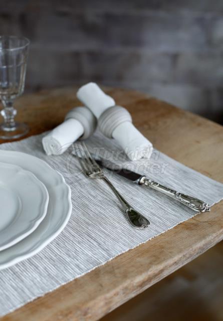 منديل طاولة مائدة