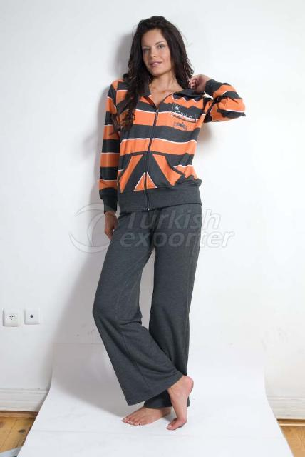 WOMEN'S SPORTSWEAR 100 % COTTON. SET