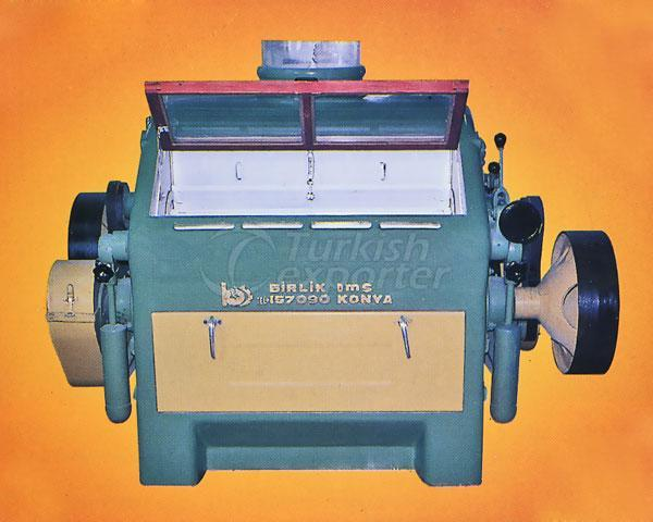 SEMI-AUTOMATIC TUBULAR GRINDING MACHINE (BYOV)