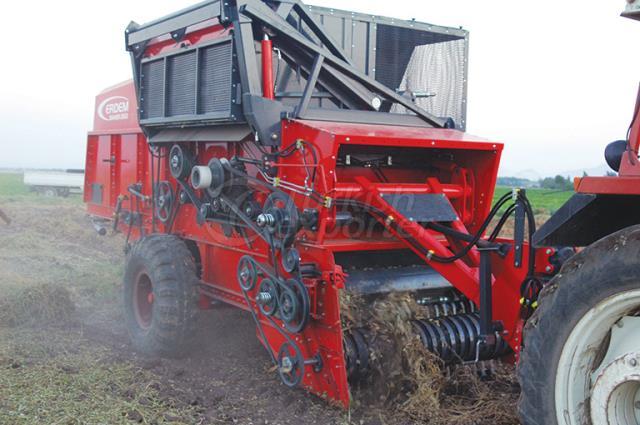 Groundnut  Harvester