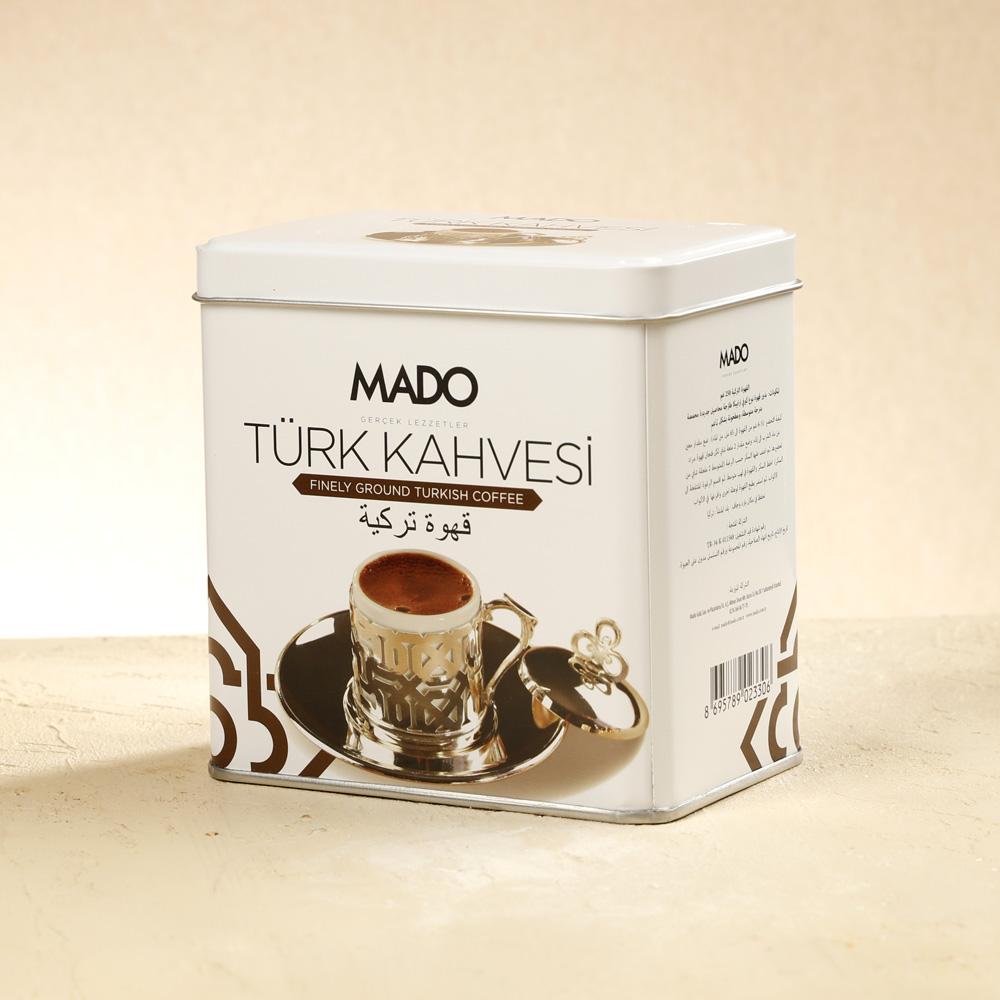 café turco de lata