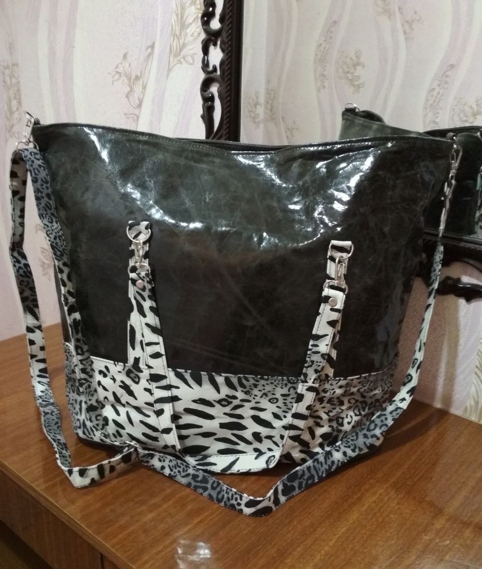 Woman leather bag