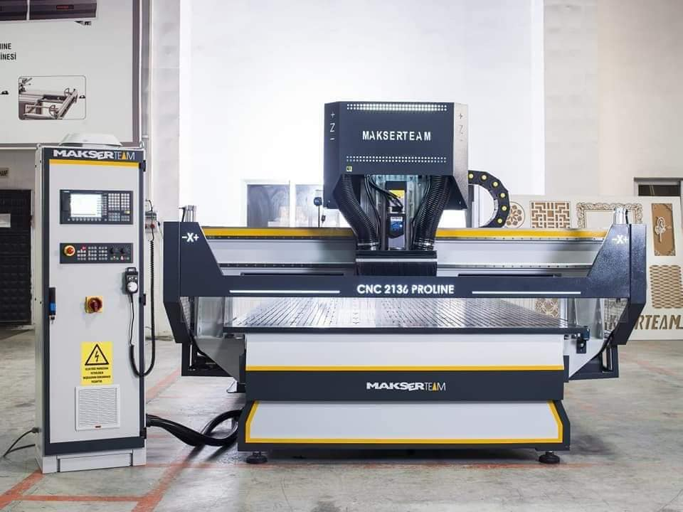 CNC 2136 DELTA cnc woodworking machine 2100x3660 5 area intelli vacuum system 8.5 12kw spindle