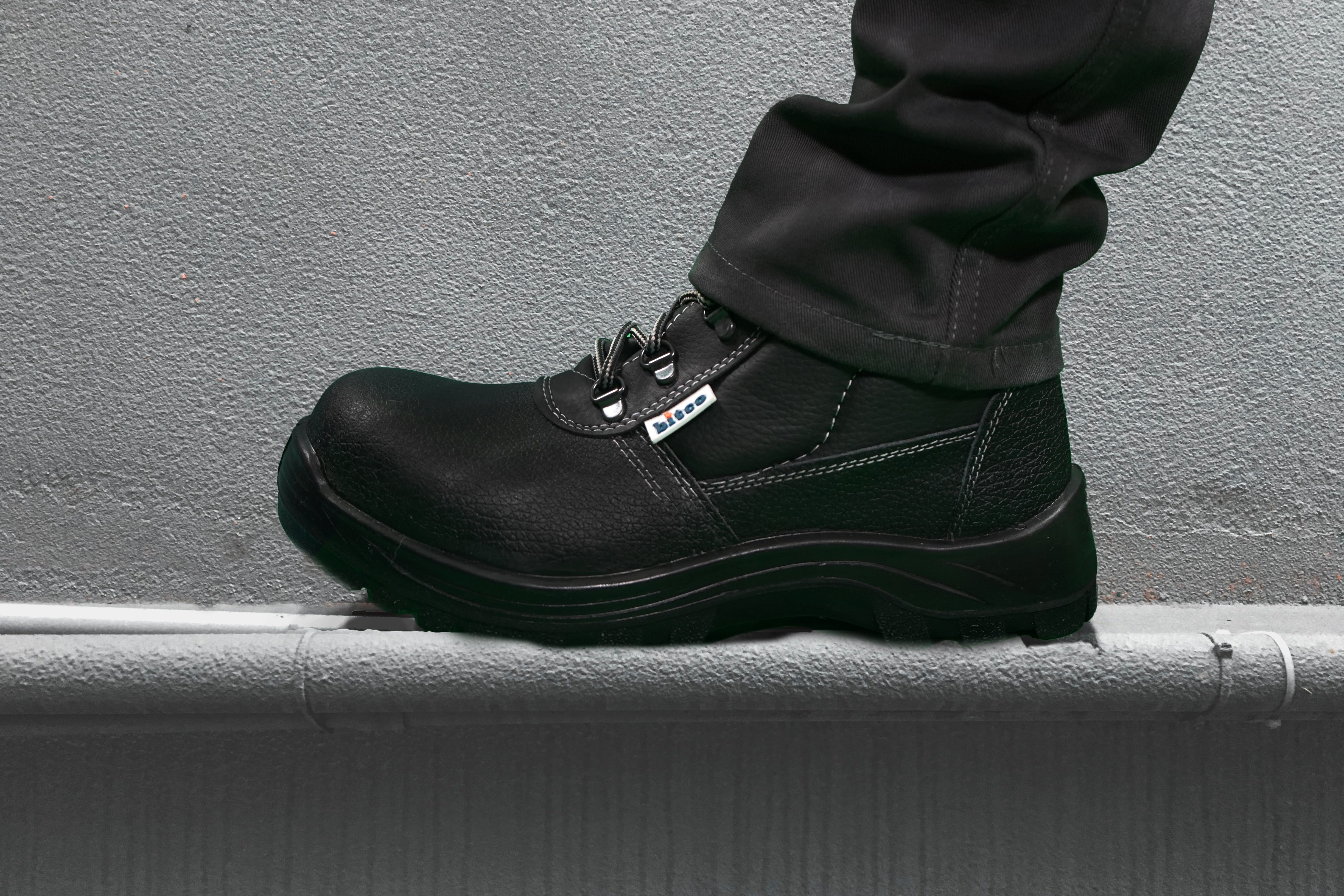 BTS12- Safety Boots