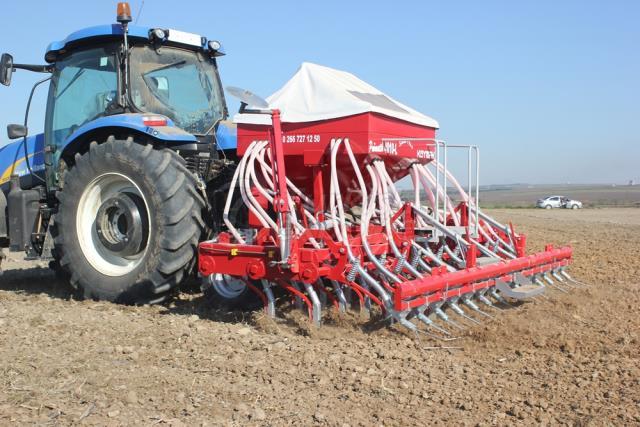 Pneumatic Grain Planting Machine