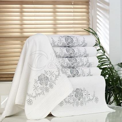 VANES EMBROIDERED TOWEL