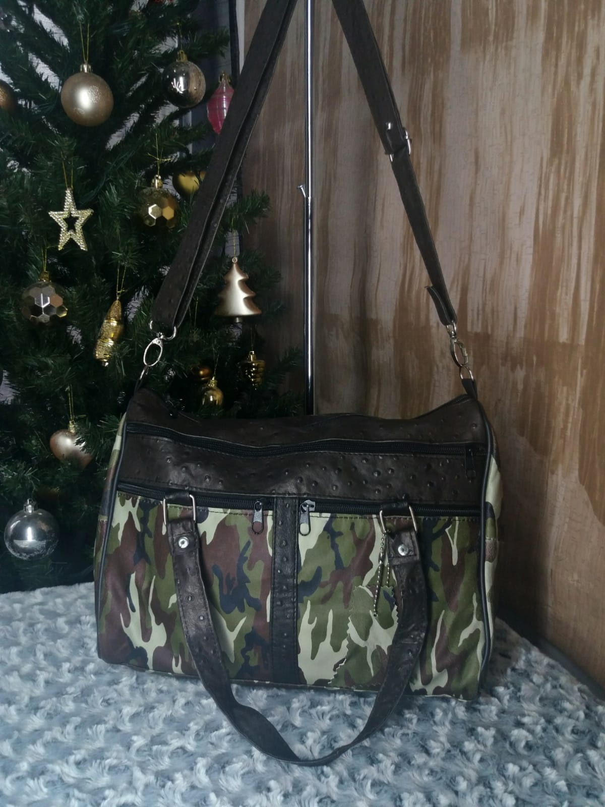 Shoulder/hand leather bag for woman