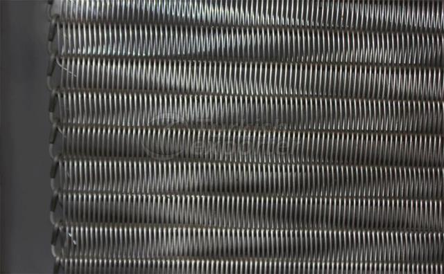 Cinto de arame espiral