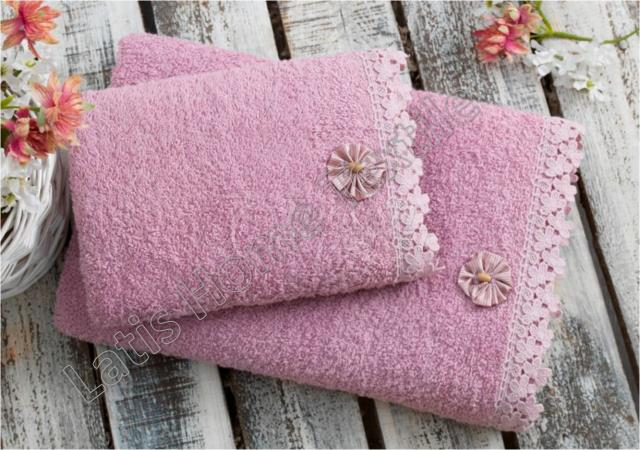 Emroideried towels