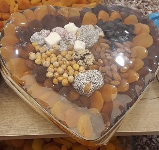 Gift Of Dried Apricot Tray