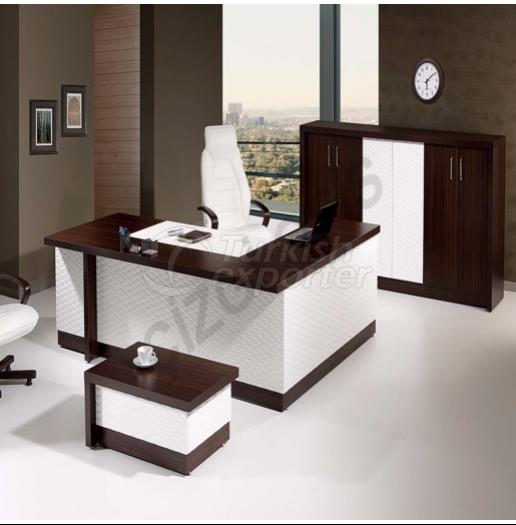 Royal Manager Table Set