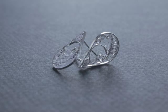 handmade silver drop earrings