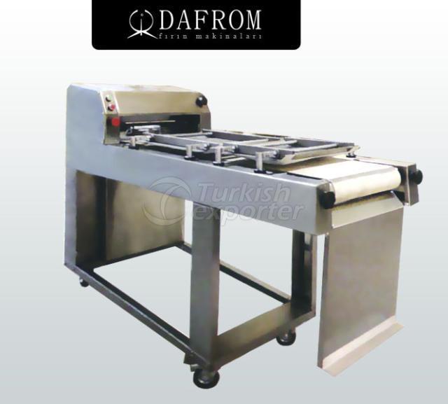 Оборудование для формовки теста (батоны)