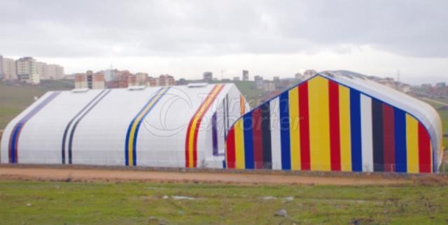 Terrains de sport fermés de Cayirova
